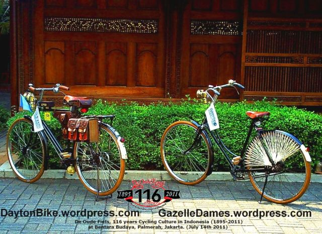 Dayton Bike and Gazelle Dames at Bentara Budaya Jakarta - 14 July 2011